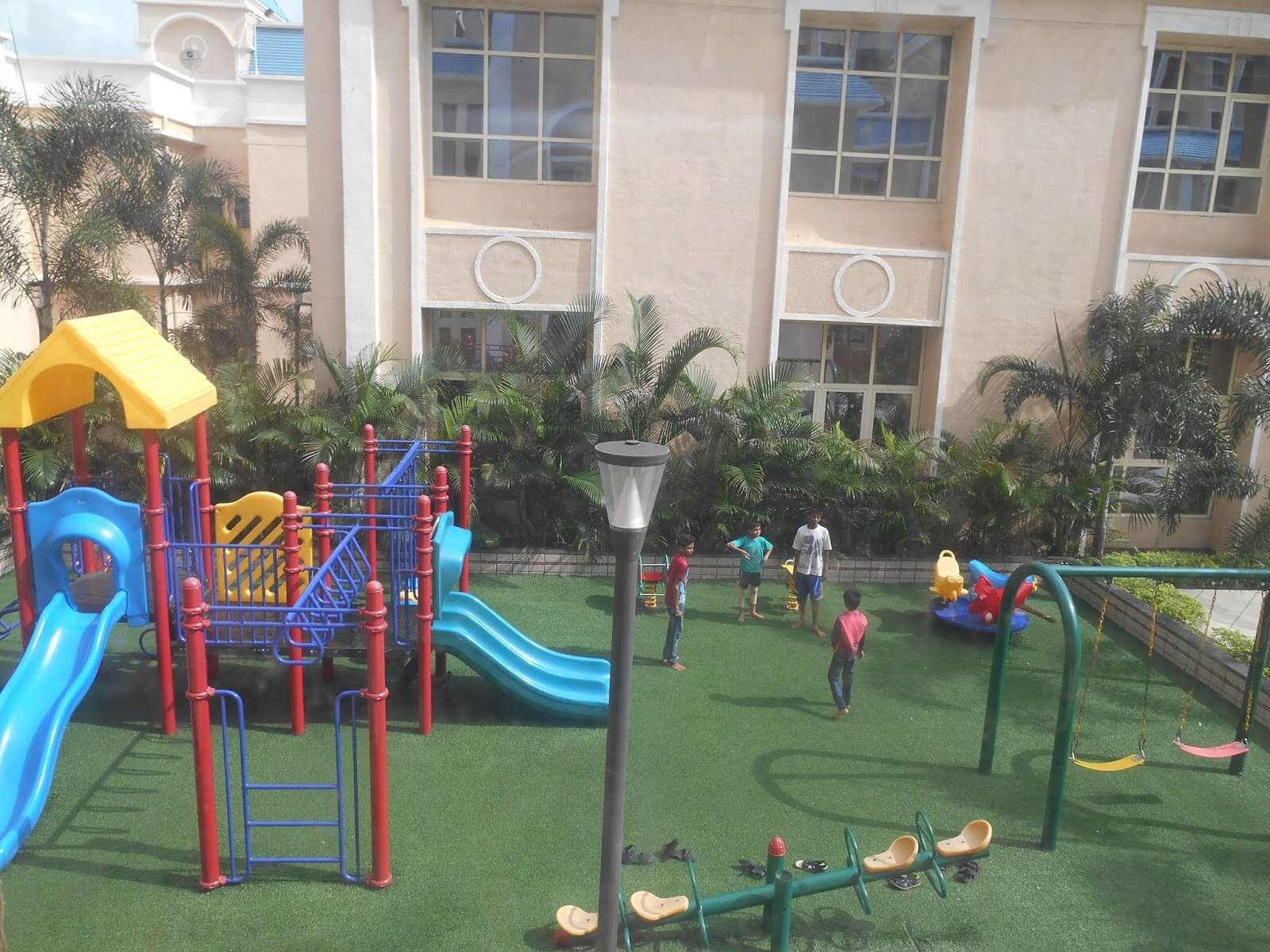 Importance of Play Amenities for Families with Kids